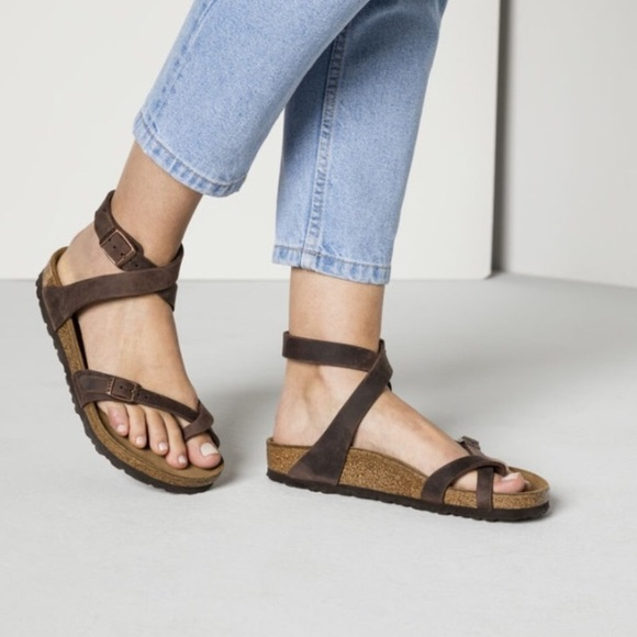 Womens Yara Ankle Strap Sandals, Black Birkenstock